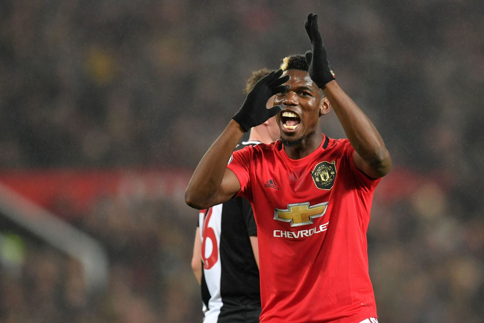 Manchester United receive incredible Juventus offer for Paul Pogba