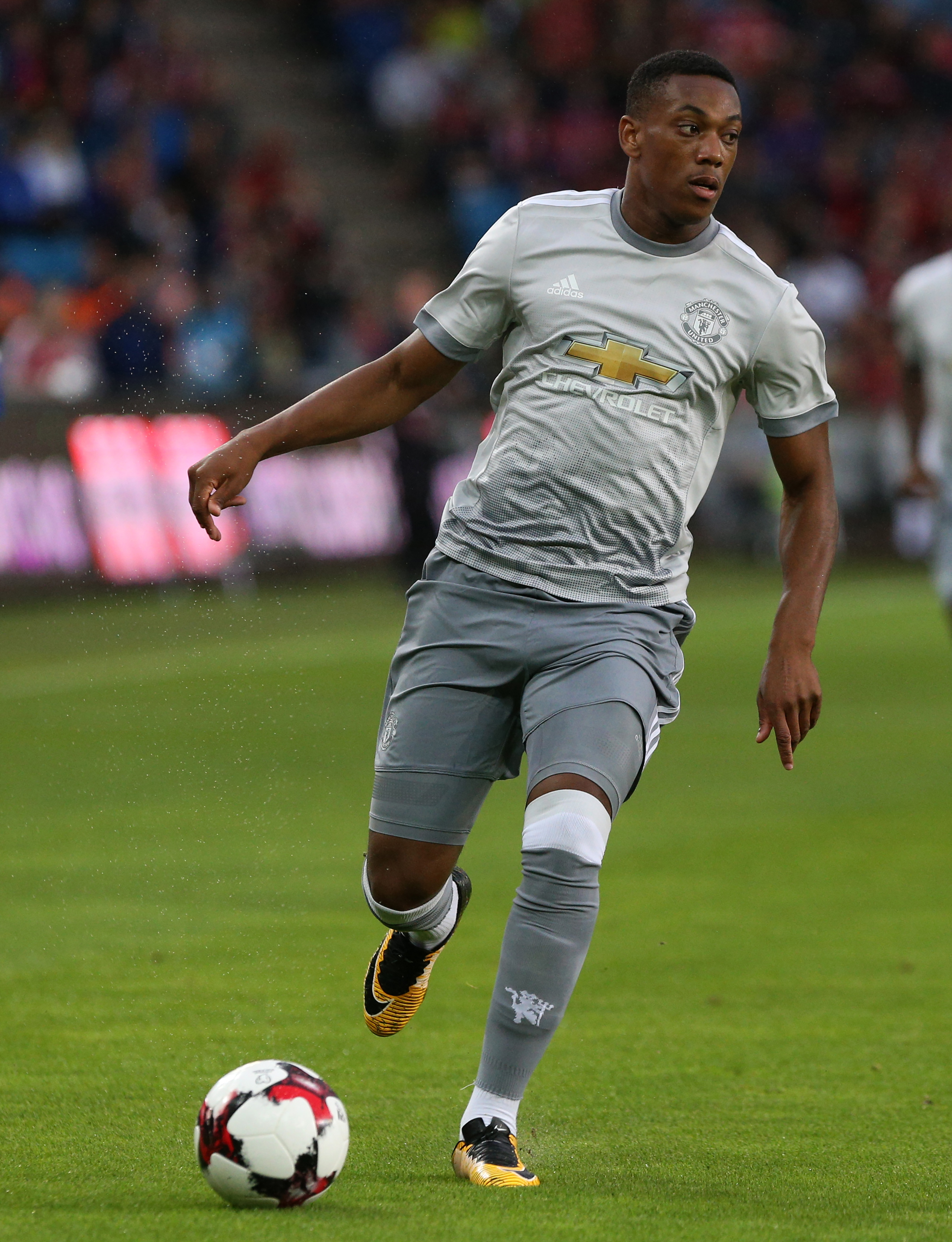 Anthony Martial We want to win the Premier League title